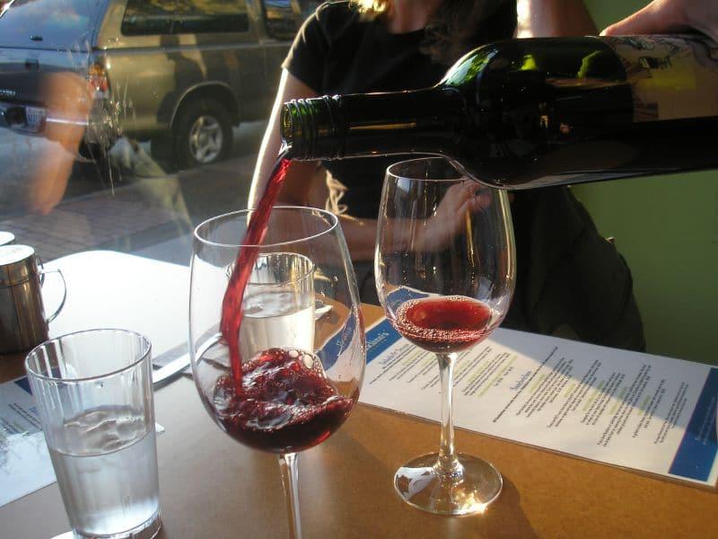 Les 6 meilleures adresses pour déguster du vin à Paris