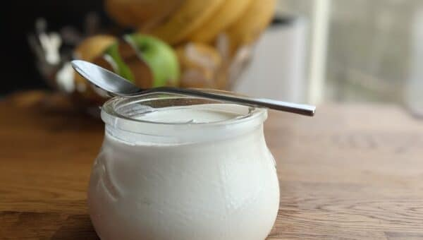 Yaourt traditionnel, yaourt grec: quelles différences?